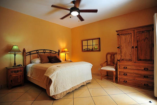 Casa Chocolate Bed and Breakfast: Caramel House