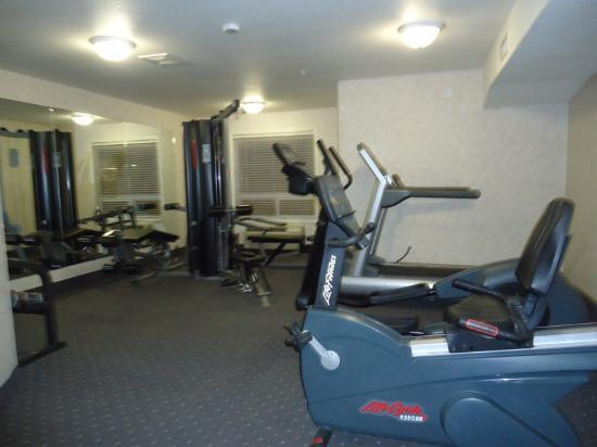 Super 8 Drumheller: fitness room