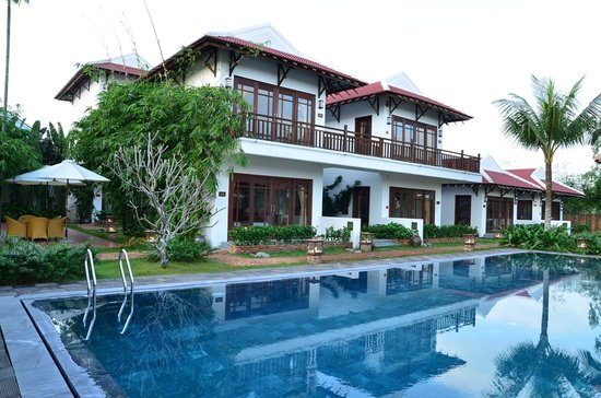Hoi An Riverside Bamboo Resort: Swimming pool