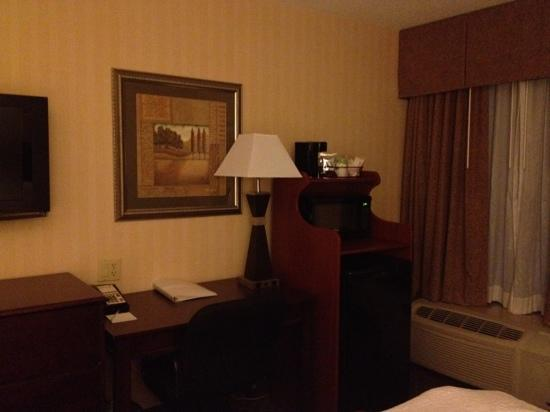 Hampton Inn -- Rocky Mount: fridge etc