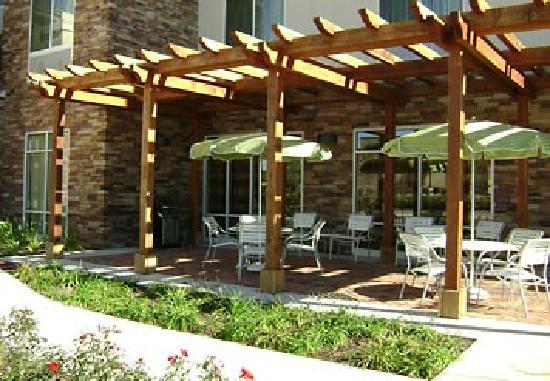 Conroe, TX: Outdoor Patio
