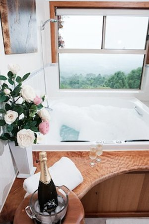 Artisan Spa Views: getlstd_property_photo