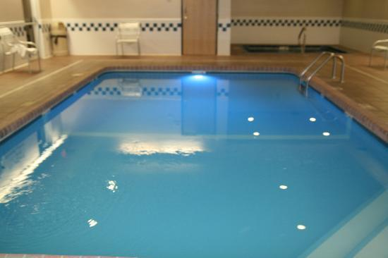 Fairfield Inn Hays: Pool and Spa