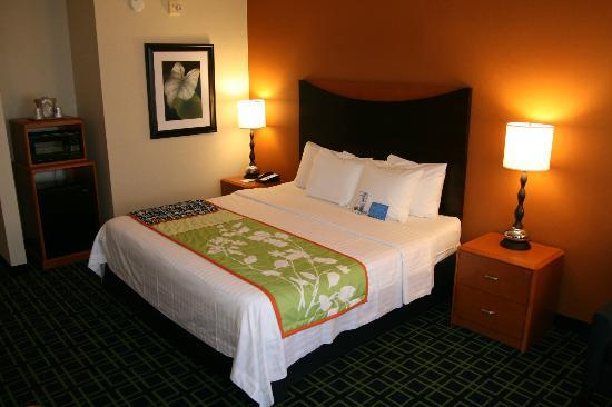 Fairfield Inn Hays: King
