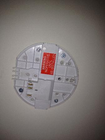 Diamant Hotel Sydney - by 8Hotels: Missing smoke alarm