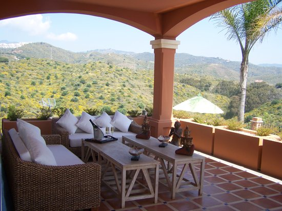 """The Marbella Heights Boutique Hotel: Welcome at """"The Marbella Heights"""""""
