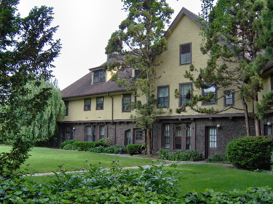 Rutgers University Inn and Conference Center
