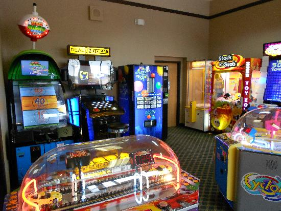 BEST WESTERN Ambassador Inn & Suites: New Ticket Redemption Arcade