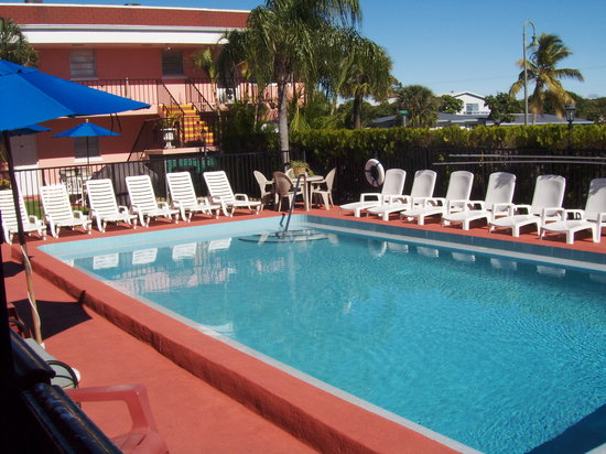 South Palm Suites