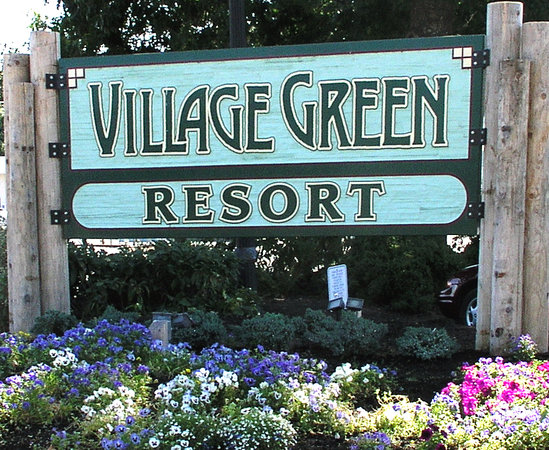 Village Green Resort: Welcome sign
