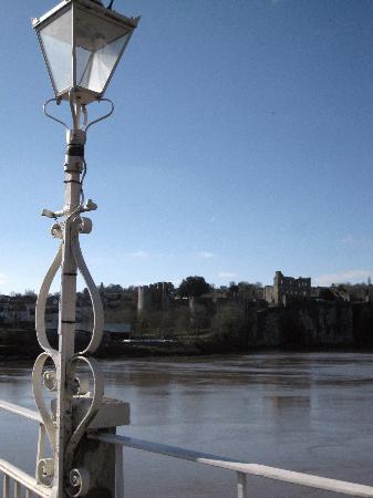 Beaufort Hotel - Chepstow: The castle from the old bridge