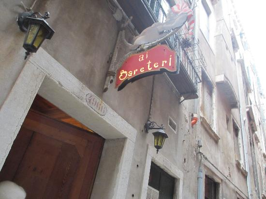 Locanda ai Bareteri: Doorstep