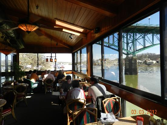 Deck Menu Picture Of Calhoun S On The River Knoxville