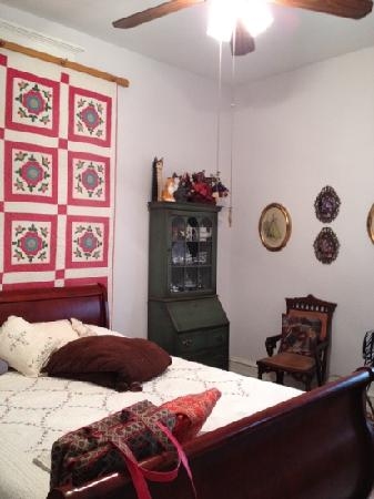 Hastings House: quilt room