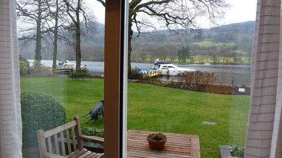 Lakeside Hotel: view from 102
