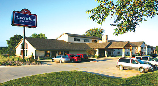 Photo of AmericInn Lodge & Suites Kewanee