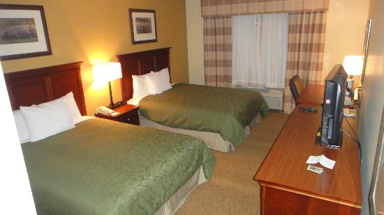 Country Inn & Suites Phoenix Airport at Tempe: Big , Confortable and Clean Rooms