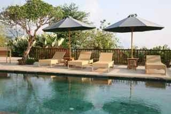 Munduk Moding Plantation: pool
