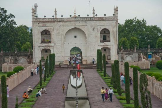 Entry gate from inside - Picture of Bibi Ka Maqbara ...