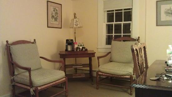 The Inn at Manchester: Sage Suite Seating Area, and coffee machine