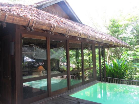Ao Phang Nga National Park, Thailand: the Pool and the the room from outside
