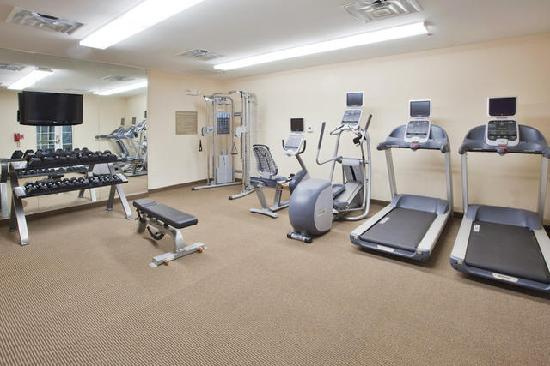 Candlewood Suites Fayetteville: Fitness Center