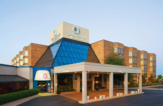 Doubletree by Hilton Hotel Murfreesboro: Hotel exterior
