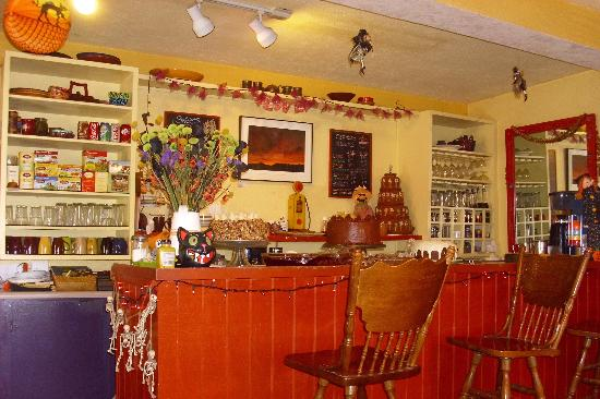 Penasco, NM: Cakes and more cakes