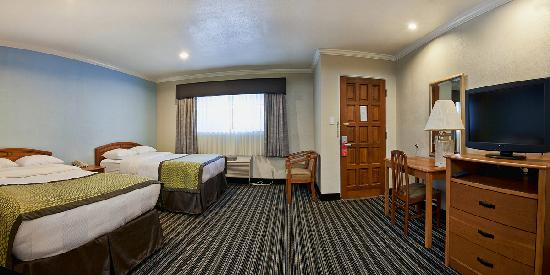 Super 8 Palo Alto: Standard Two Double Beds