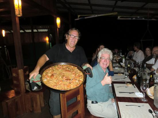 Finca Maresia: Juan and his Paella