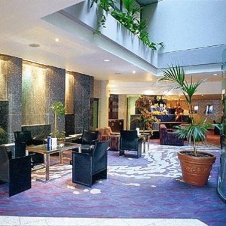 TOP Messehotel Europe: Lobby View