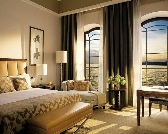 Four Seasons Istanbul at the Bosphorus: BOP Room