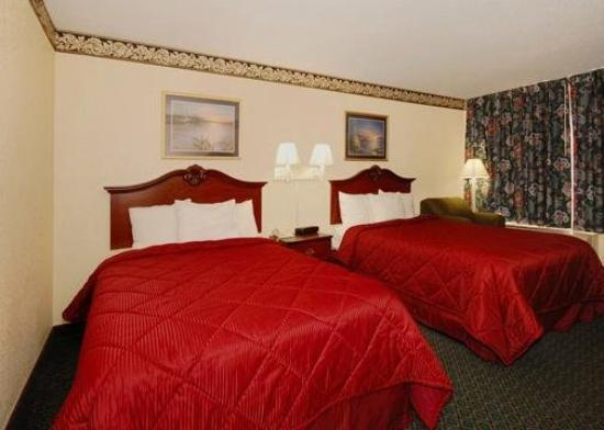 Econo Lodge Elizabeth City: Guest Room