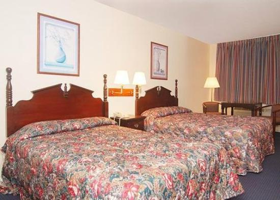 Rodeway Inn: Guest Room