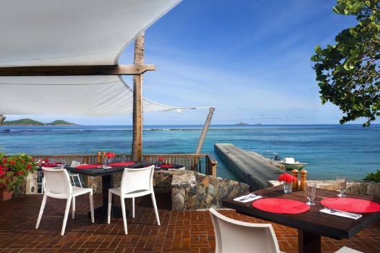 Rosewood Little Dix Bay: Beach Grill