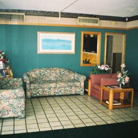 Photo of Crossroads Inn Effingham