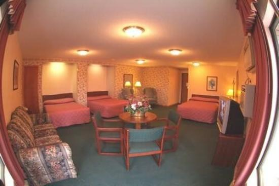 Prime Rate Motel - Burnsville: Guest Room