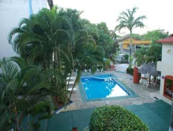 Howard Johnson Hotel D' Marco Palenque: Pool