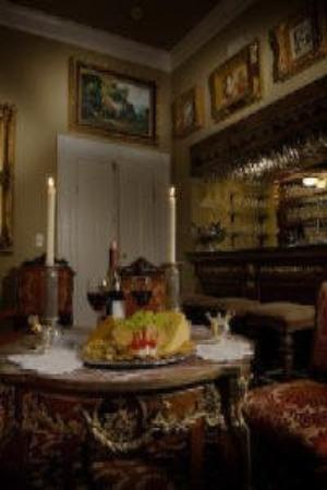 Natchez Guest House: Relax and unwind in our Galler Bar
