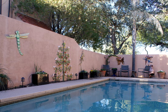Adobe Rose Inn: Our pool helps us beat the summer heat