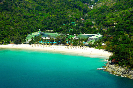 Le Meridien Phuket Beach Resort : On a secluded beach on Phuket&#39;s southwestern coast 
