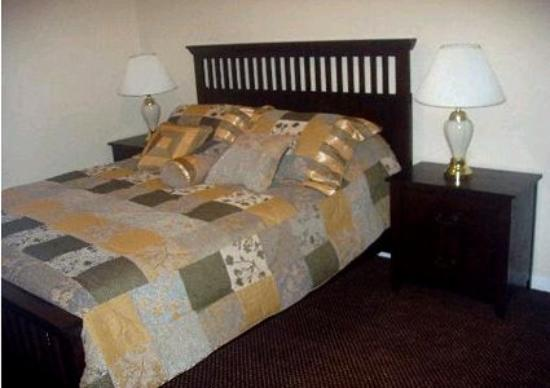Galleria Garden Hotel/Apartments: Guest Room