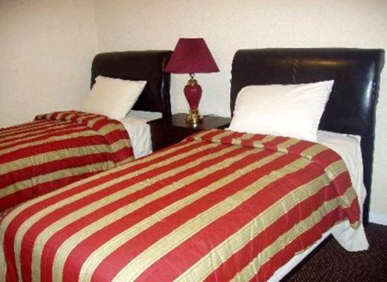 ‪‪Galleria Garden Hotel/Apartments‬: Guest Room‬