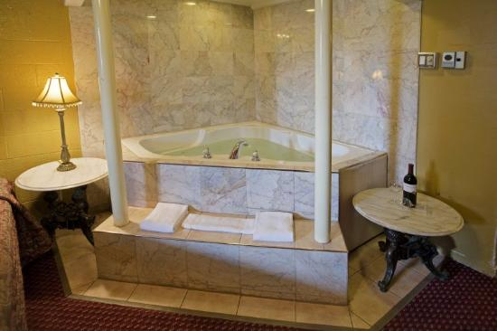 Jacuzzi Hotel Rooms Norfolk