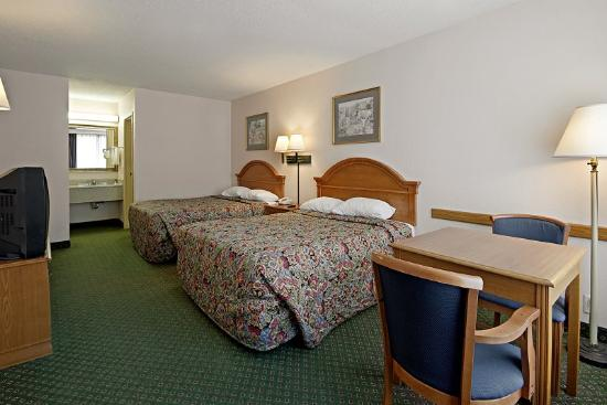Americas Best Value Inn Marianna: Double Standard 2
