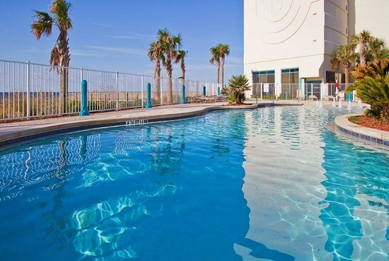Holiday Inn Express Pensacola Beach: Refreshing Zero Entry Lagoon Style Pool