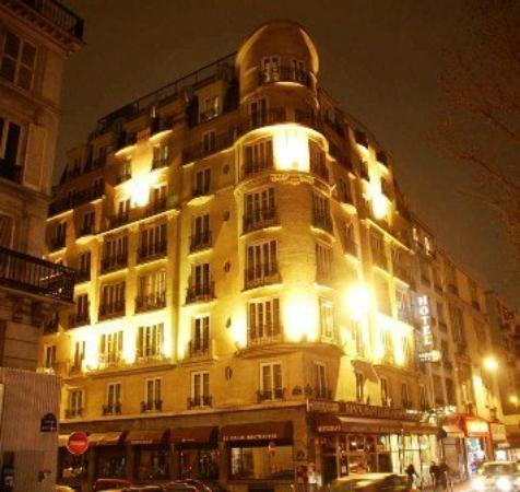 Photo of Hotel Carlton's Paris