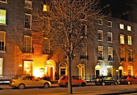 Baggot Court Townhouse