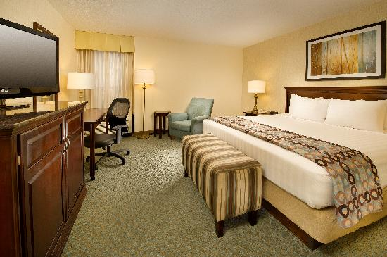 Drury Inn & Suites Jackson: King Room