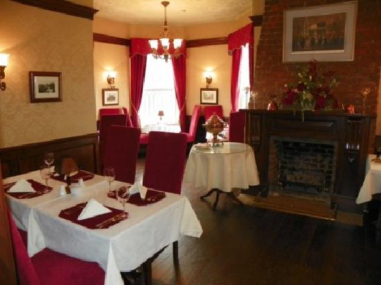 Dundee Arms Inn Restaurant and Pub: Our Dining Room